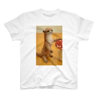カワウソのスズちゃん^^ T-shirts
