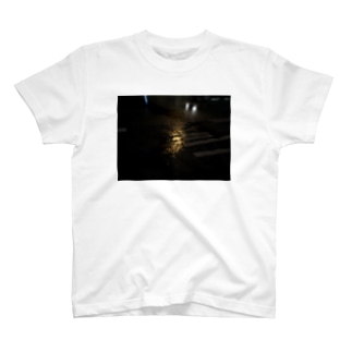 光 T-shirts