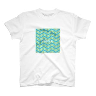 kaula_zigzag01(sky) T-shirts