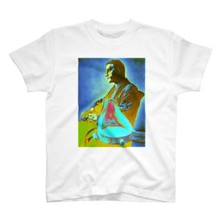 デュシャン泉 T-shirts