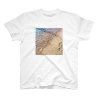 笹川流れ T-shirts
