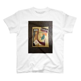 見栄 T-shirts