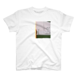 不鮮明な T-shirts