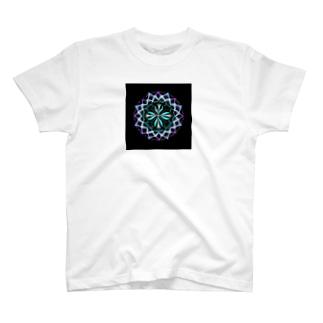 静謐﹣点描曼荼羅 T-shirts