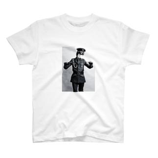 軍装の男装の麗人グッズ T-shirts