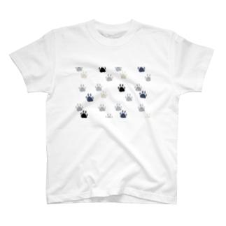 そこに踏まれたい肉球がある。 T-shirts