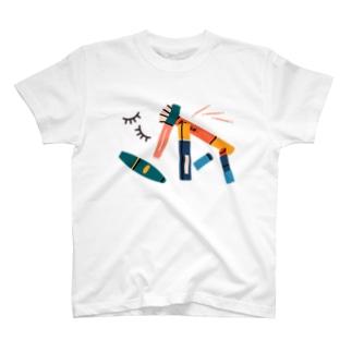 朝の戦闘準備、メイクアップ。 T-shirts
