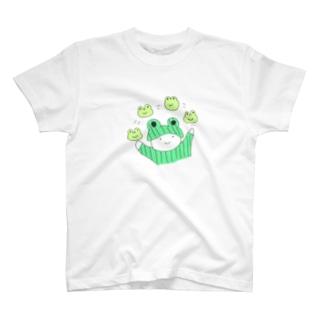 ようかいきのこのおみせのおかあさんとかえる T-shirts