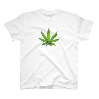 yuipxqのパクチー T-shirts