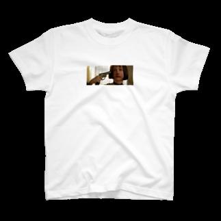 h1naseのMatilda T T-shirts