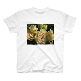 みんな一緒ね!! T-shirts