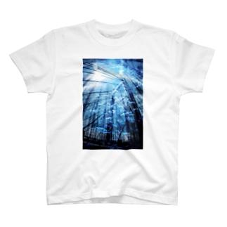 海中世界 橋 T-shirts