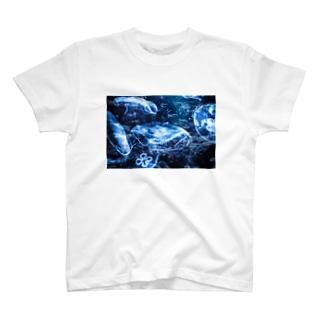 海中世界 海月 T-shirts