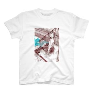 川沿いの T-shirts