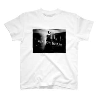 KISsTHeHEARtの公正 T-shirts