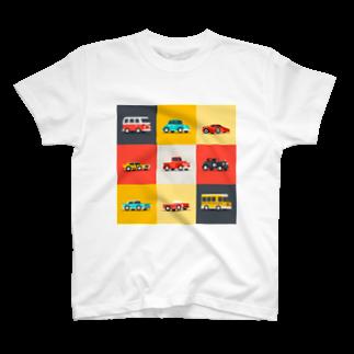 KUSUKUSU-COMPANYのレトロカラーの車 T-shirts