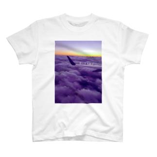愛に生きます T-shirts