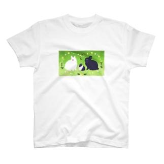 白白黒黒 T-shirts