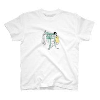 仮住まい T-shirts