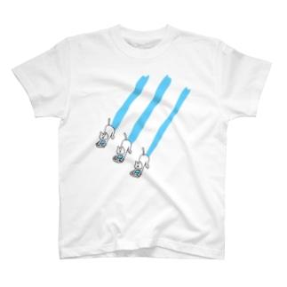 PokuStarのネコ達の雑巾がけ T-shirts