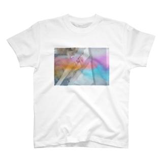Lilikaの横顔から T-shirts