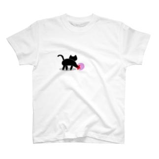 黒猫のいる部屋 T-Shirt