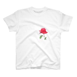 一輪の赤い薔薇 T-shirts