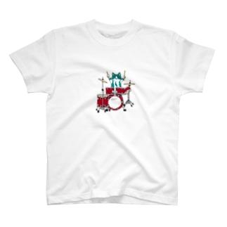 ドラム得意なんだって T-shirts