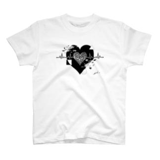 心電図ハート T-shirts