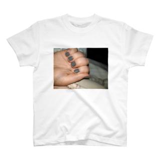 つめかあいい T-shirts