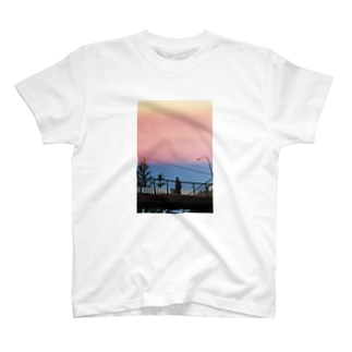 地下鉄3 T-shirts