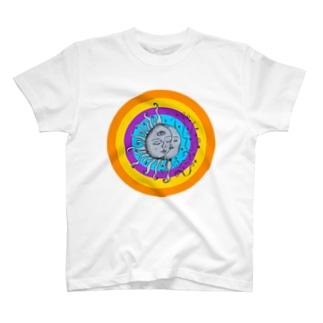 月と太陽(ヒッピーver) T-shirts