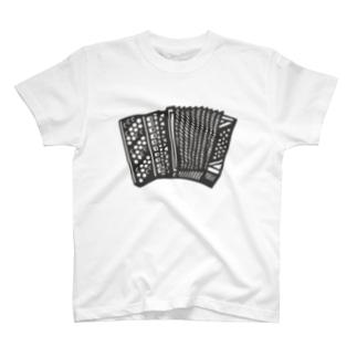 ボタンアコーディオン T-shirts