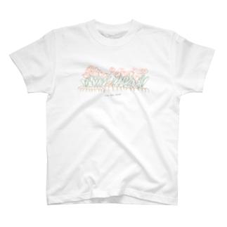 そよ風チューリップ T-shirts