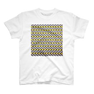 手織りのギザギザ T-shirts