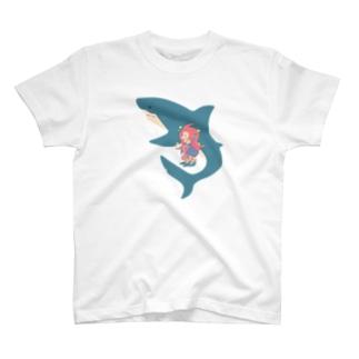 アマビエさんとサメさん T-shirts