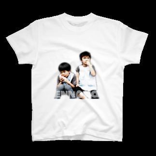 cafebar&guesthouse ennovaのエンノバブラザーズ T-shirts