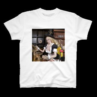 FUCHSGOLDのドール写真:時間を操るメイド服のブロンド魔女 Doll picture: Blonde witch T-shirts