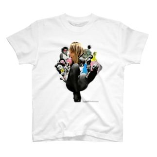 女の子は誰でも T-shirts