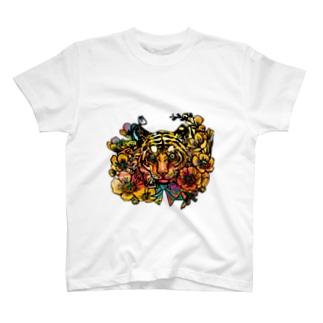黄金の旋風 T-shirts
