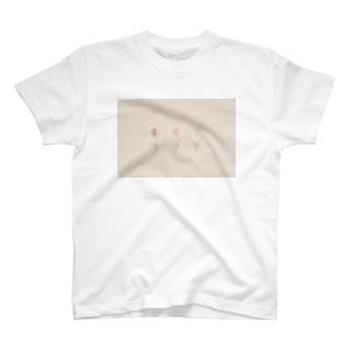 チューリップ ロンT T-shirts