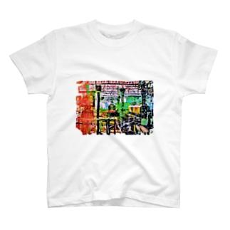 色めくトレイン T-shirts