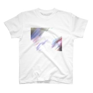 激写 T-shirts