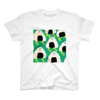 おにぎりの逆襲 T-shirts
