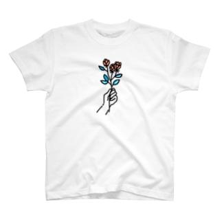 蕾 T-shirts
