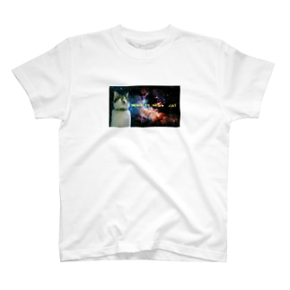 かっこいい猫 T-shirts