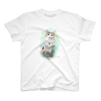 すももちゃん T-shirts