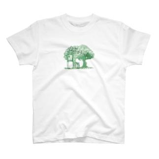 ツリーハウス0102 T-Shirt