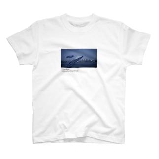真夜中のクジラ white T-shirts