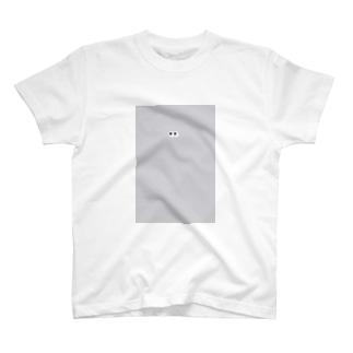 yuka_clucluのめめ T-shirts